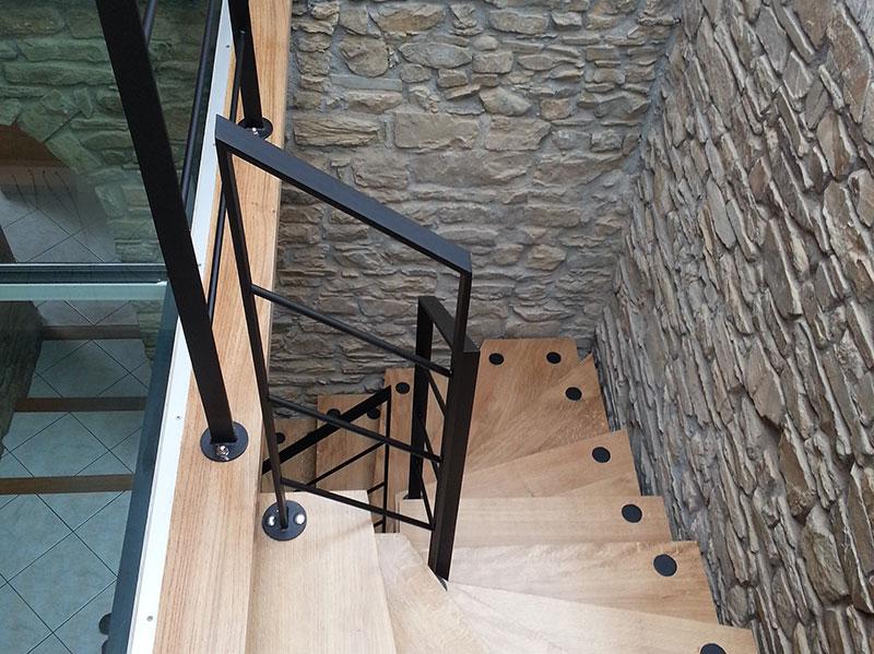 Escaliers Metalliques Conception Et Installation A Rennes Nantes