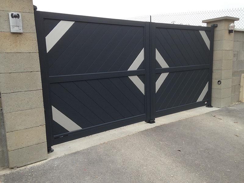 Fabuleux Portail Aluminium Gamme Anodik - Moderne avec Lames Anodisées  RR31